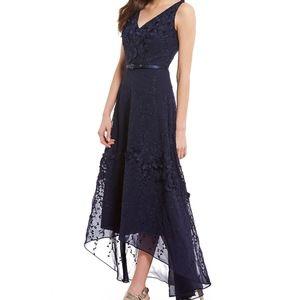 Karl Lagerfeld Paris - V-Neck Floral Dress